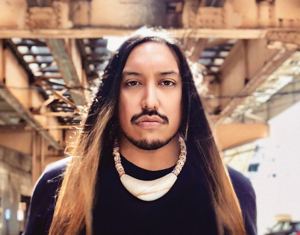 Santiago X – Artist