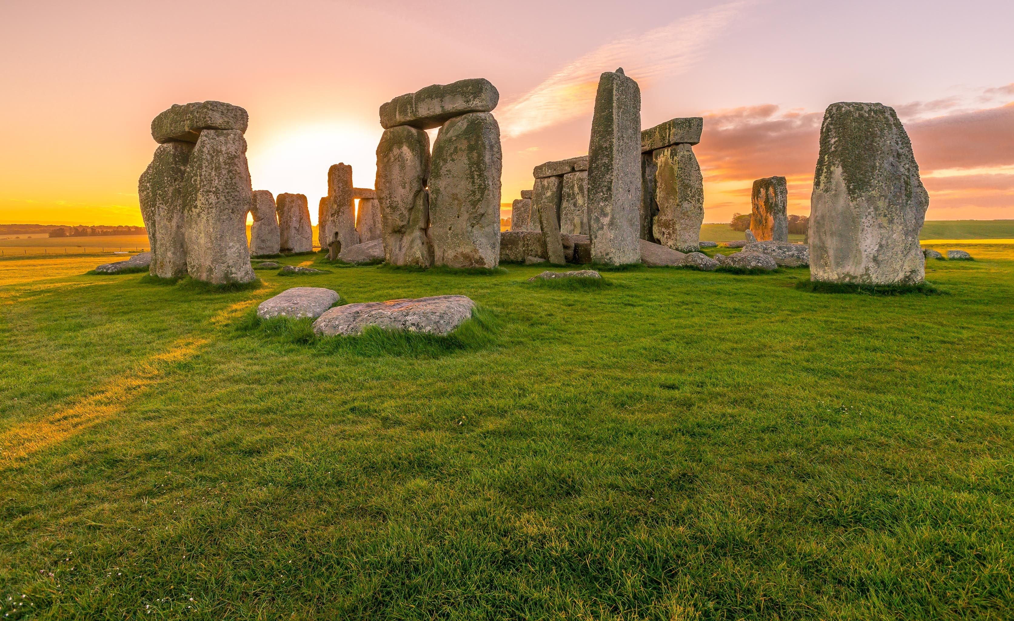 The mystery of where Stonehenge's giant slabs came from may now be solved