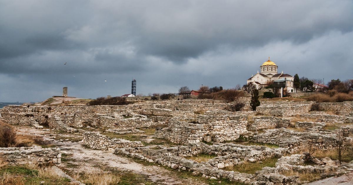 Unesco report reveals extent of Russian threat to Crimean heritage